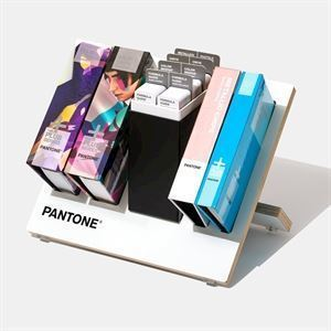 Pantone Plus Reference Library med Formula Guide und Chips - GPC305N